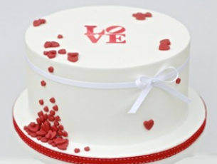 Caroline Goulding Valentines Cake